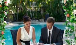 Elopements Noosa Poolside Wedding Ceremony